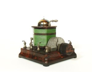 1924 Martian Beauty 1-Tube Radio With Brass Base, Tipped Rainbow Tube