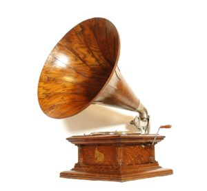 1910 Columbia BII Phonograph With Original Columbia Spear Tip Wood Horn