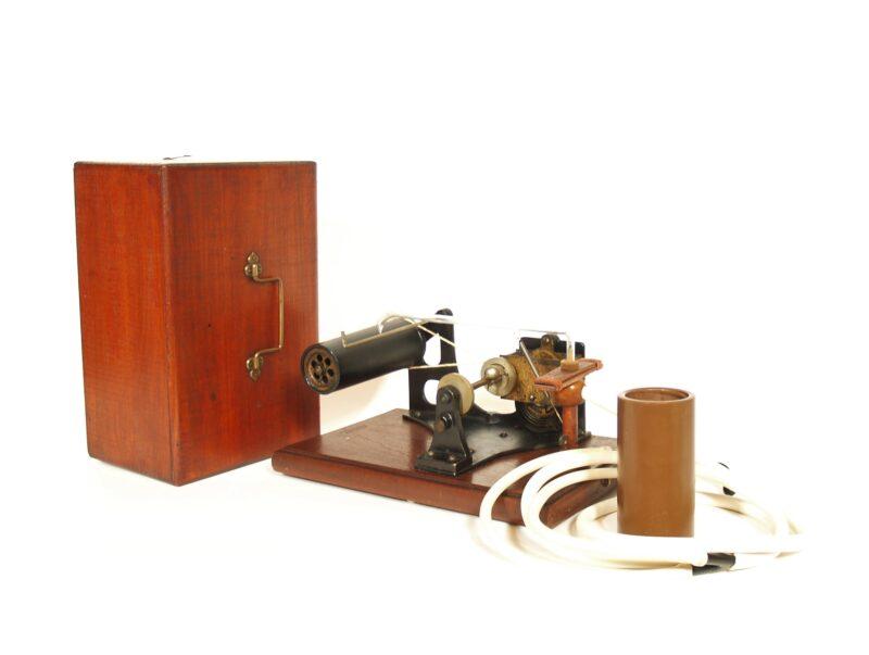 1896 Amet Echophone