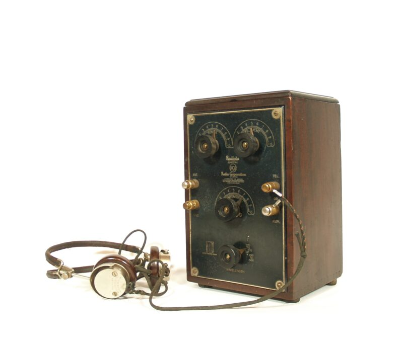 1923 RCA Radiola Special In Limited Edition Mahogany Cabinet