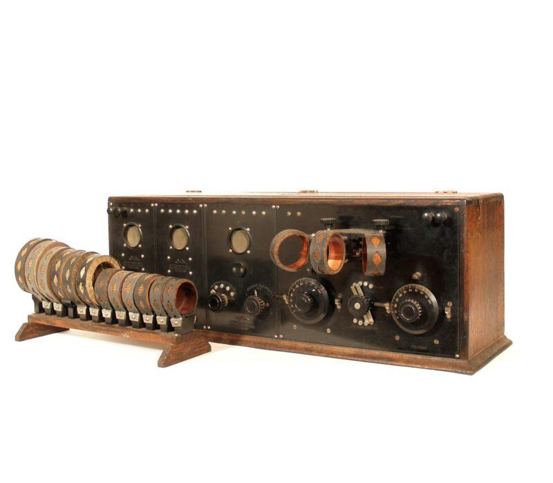 1922 DeForest MR-6 Interpanel Radio With 14 Plug-In Coils & Rack