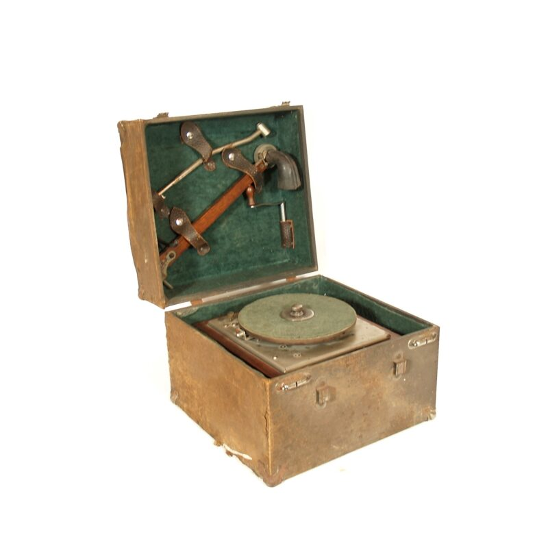 Eldridge Johnson Type C Phonograph With Travel Case