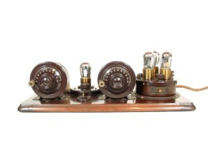 1924 Atwater Kent 4660 Model 9 Compact Radio * Complete, Correct, All-Original & Working * Exceptional Condition