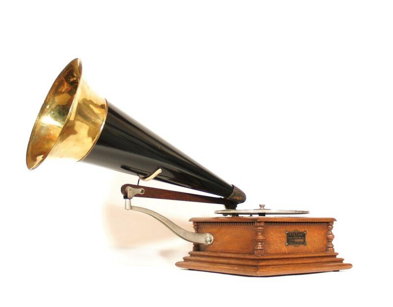 Eldridge Johnson Type M Victor Phonograph
