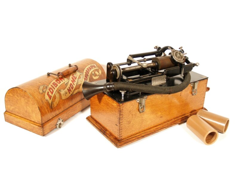 1897 Edison Skeletal Home Phonograph