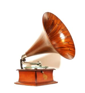 1912 Columbia BZ Phonograph With Spear Tip Horn & Gradient Woods