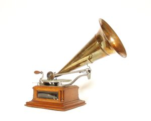 "1901 Zon-O-Phone Glass-Sided ""A"" Phonograph"