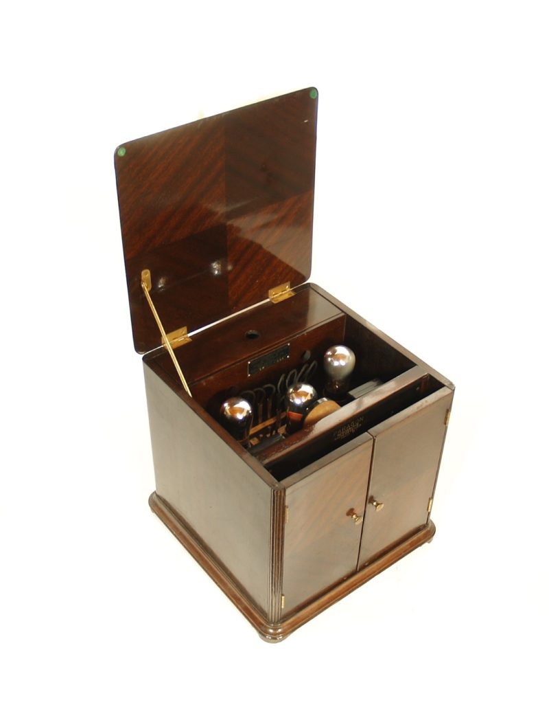 1923 Paragon 3A Radio In Parquet Smoker's Cabinet