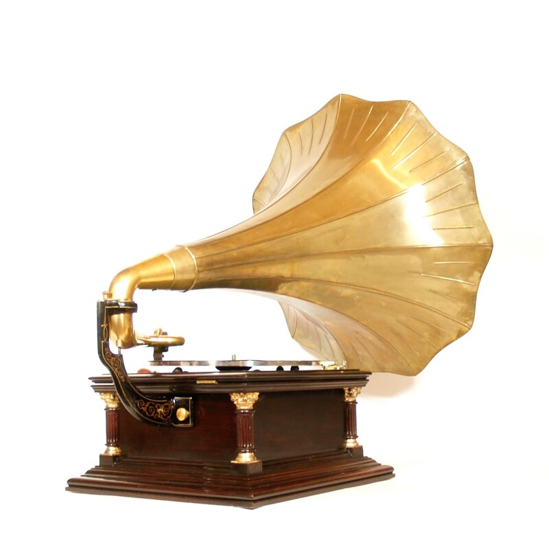 1907 Victor VI Phonograph With Rare Victor 24B Brass Horn