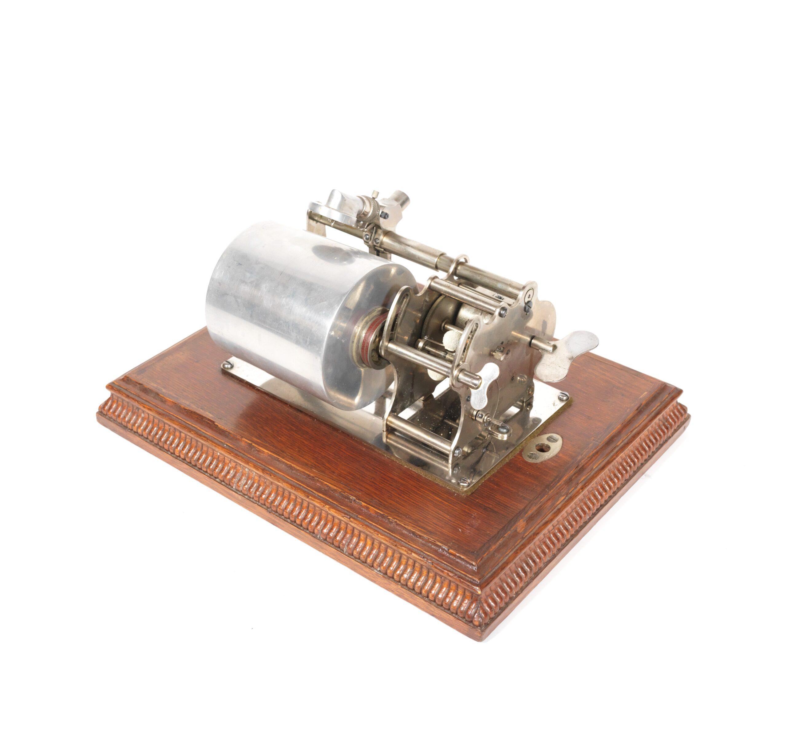 1901 Columbia AB MacDonald Grand Graphophone Cylinder Phonograph
