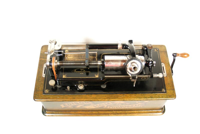 """1905 Edison Home Phonograph With Rare, Working """"J"""" String Repeater"""