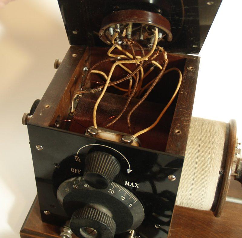 Bruno BRU-3 Single Tube Battery Radio