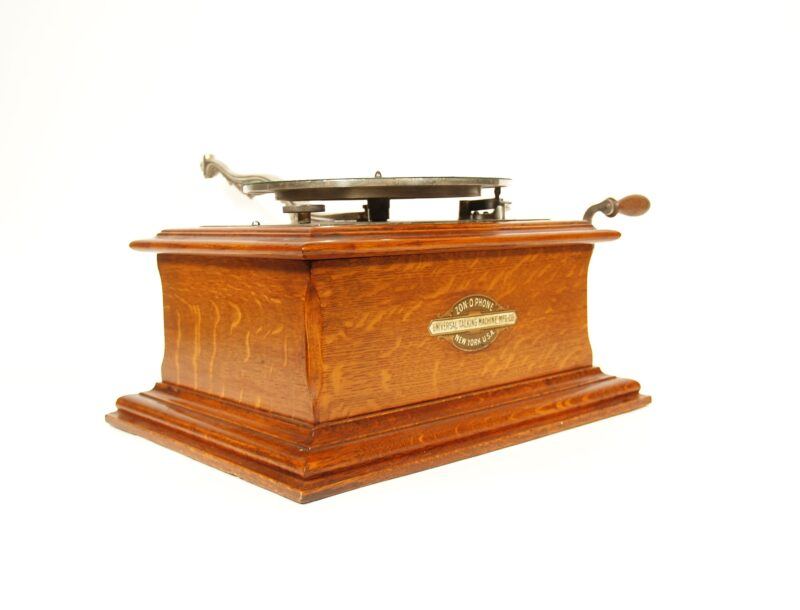1902 Zon-O-Phone Concert Grand Phonograph