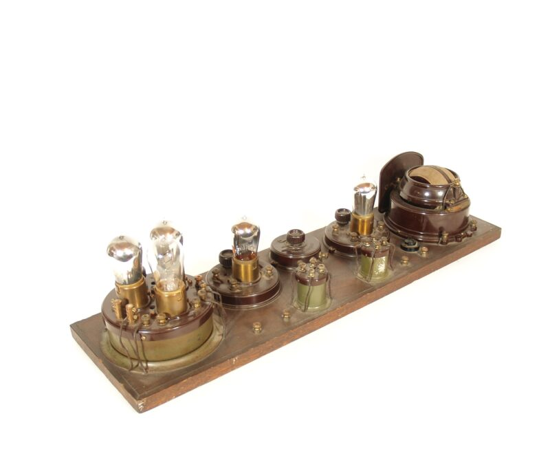 1923 Atwater Kent 4207 Breadboard Radio * Factory-Built Model 7 On Cabinet Board