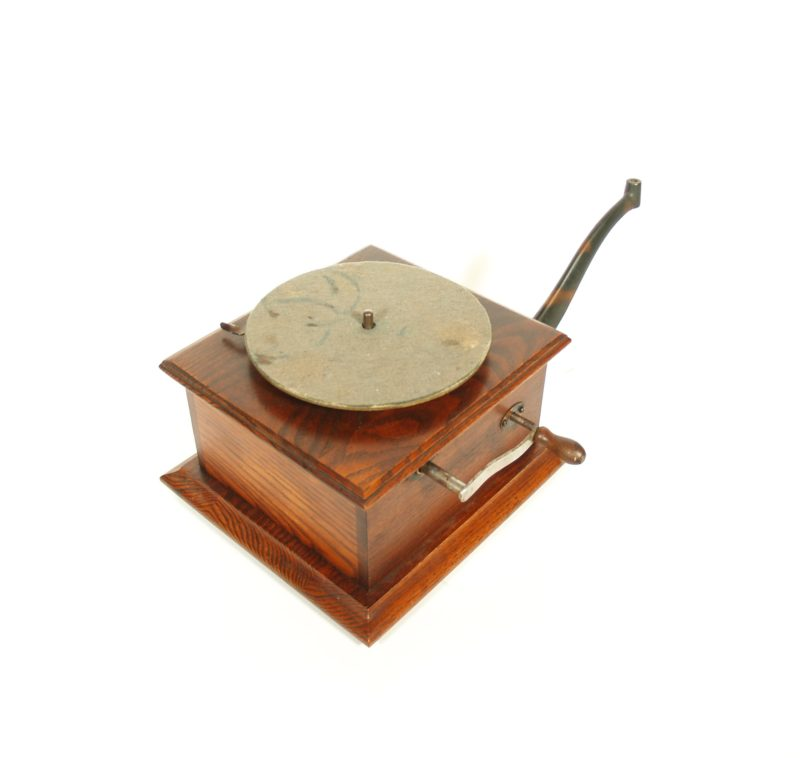 1909 Victor P-2 Phonograph