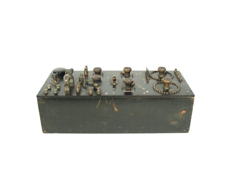 1917 NESCO CN-113 Radio Receiver