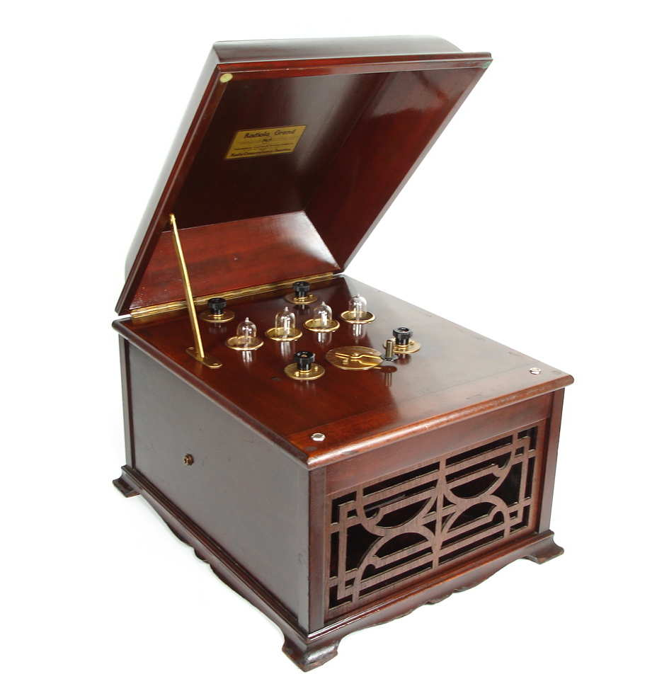 Early Radiola Grand In Victrola Style Cabinet