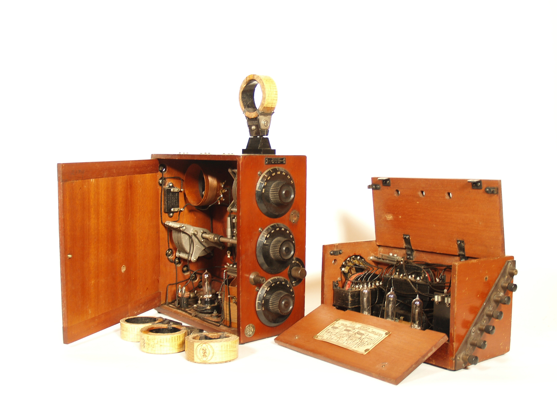 Western Electric Weconomy Radio & Amplifier